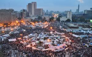 Mubarak Case Collapses, Killing 1