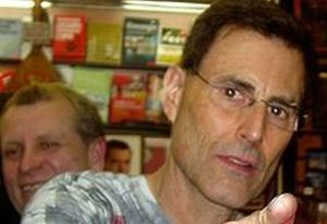 Israel Officially Apologizes For Producing Uri Geller