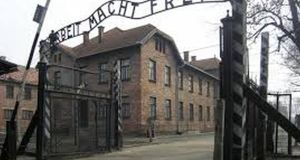 Obama Cites Lack Of Polish Golf Courses In Skipping Auschwitz