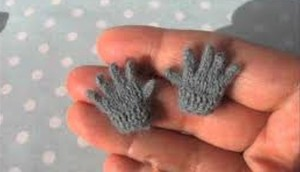 miniature-gloves
