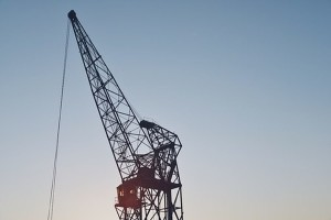 Iranian Engineers Propose Using Cranes For Construction As Well As Hanging Gays