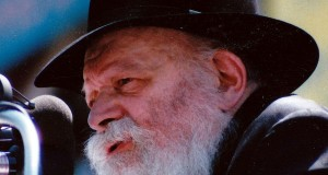 Meshichist Lubavitchers Aghast At People Who Insist Two-State Solution Not Dead
